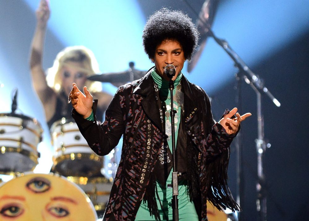 Recording artist Prince performs during the 2013 Billboard Music Awards at the MGM Grand Garden Arena on May 19, 2013 in Las Vegas, Nevada. (Ethan Miller/Getty Images)