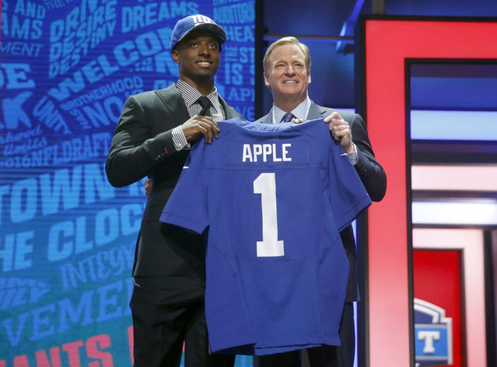 Do former Ohio State cornerback Eli Apple's (allegedly) questionable skills in the kitchen impact his ability to cook wide receivers on the field? The Giants didn't seem to think so. (Charles Rex Arbogast/AP)