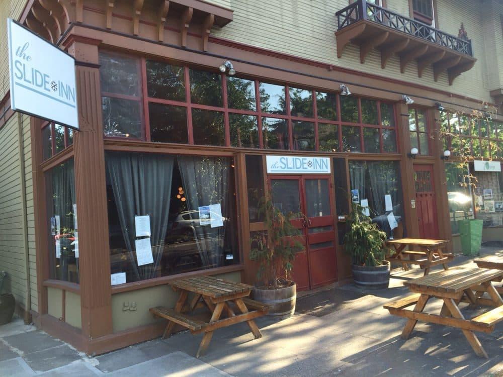 The Slide Inn in southeast Portland, Oregon. (Jill Ryan/Here & Now)