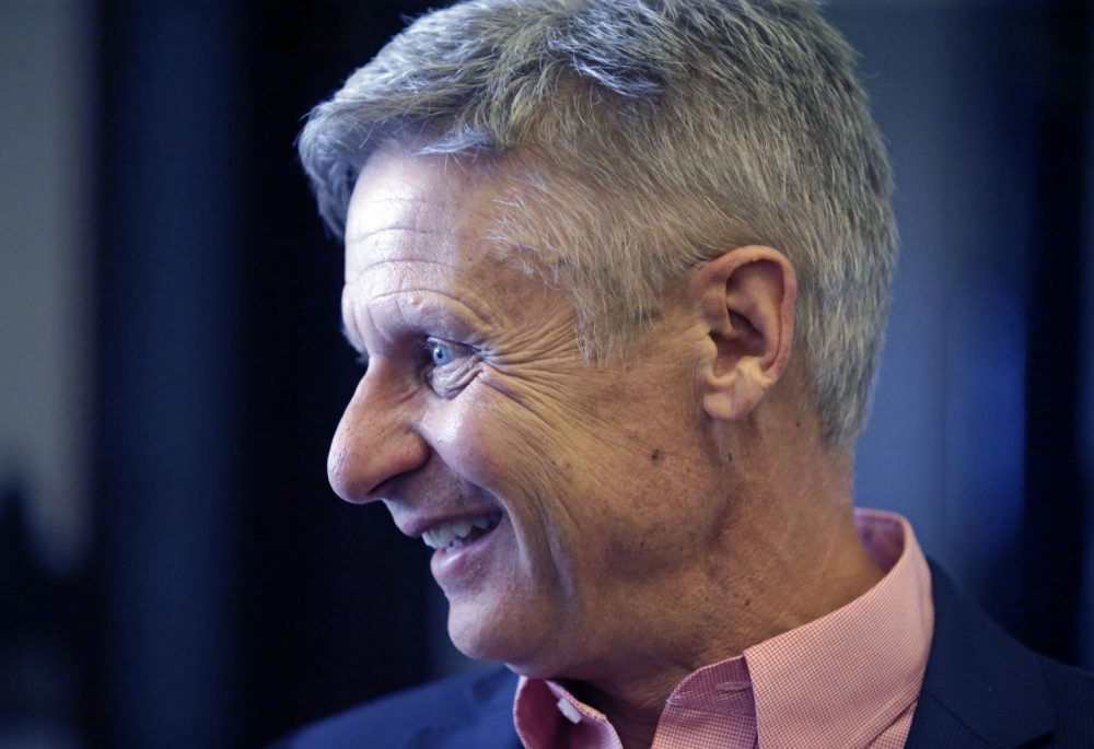 Seizing new fuel for his appeal to Donald Trump's critics, Gary Johnson has joined forces with another former Republican governor to strengthen his Libertarian presidential bid. (Rick Bowmer/AP)
