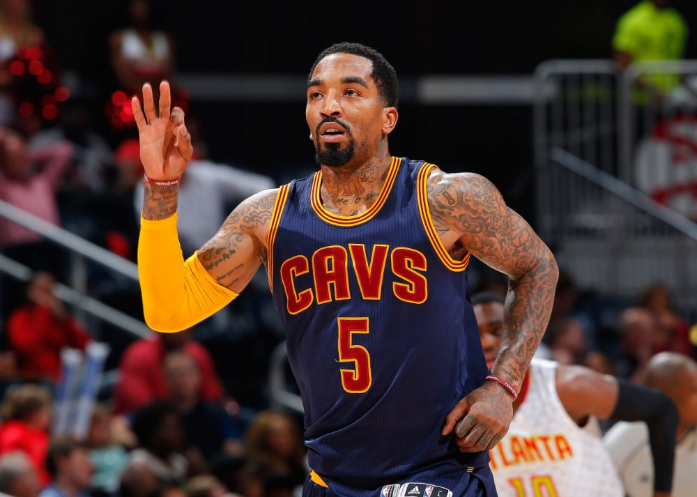 Sharp-shooter J.R. Smith helped his Cleveland Cavaliers hit an NBA record 25 3-pointers (Photo by Kevin C. Cox/Getty Images)