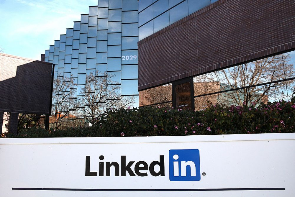 A sign is posted in front of the LinkedIn headquarters on February 11, 2011 in Mountain View, California.   (Justin Sullivan/Getty Images)