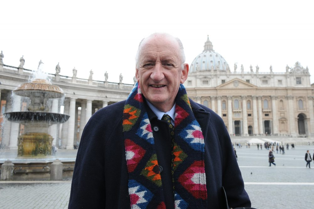 Tim Fischer poses on February 19, 2010 in front of St Peter's Basilica. (Andreas Solaro/AFP/Getty Images)