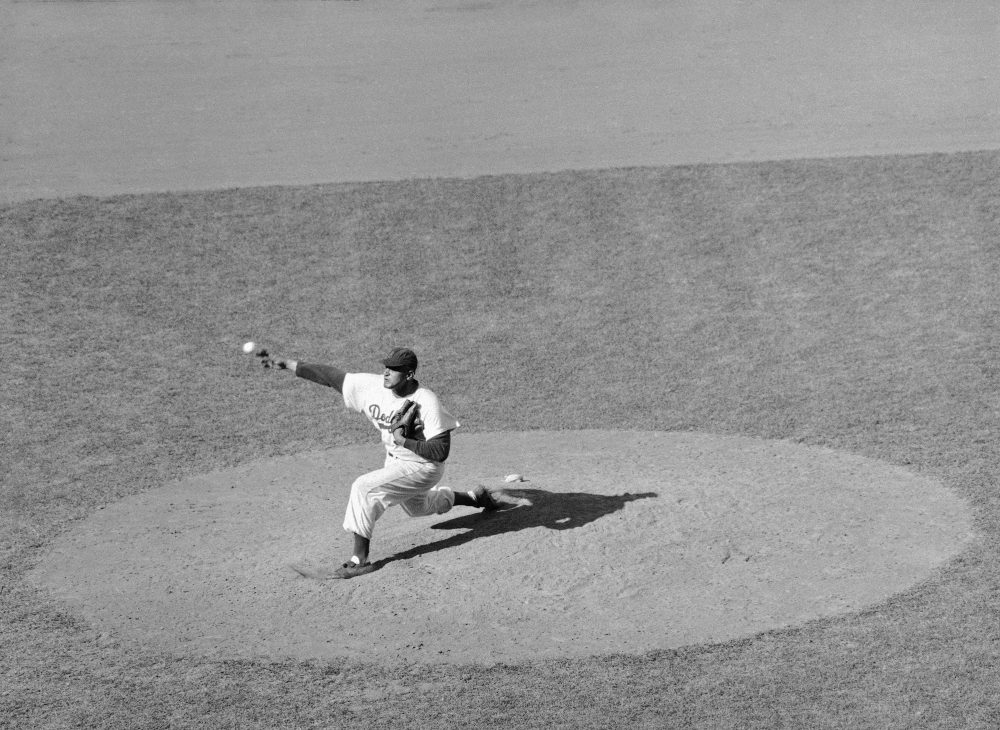 Former Dodger Don Newcombe was the first black pitcher in Major League Baseball to win 20 games. (JR/AP)