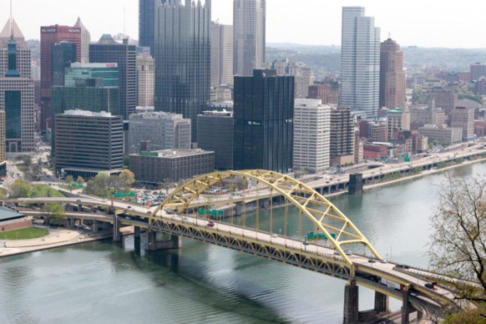 Pittsburgh's Fort Pitt Bridge, crossing the Monongahela River. (Dean Russell/Here & Now)