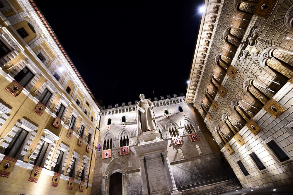 The headquarters of Monte Dei Paschi di Siena bank on in Siena, in the Italian region of Tuscany on July 1, 2016. (Giuseppe Cacace/AFP/Getty Images)