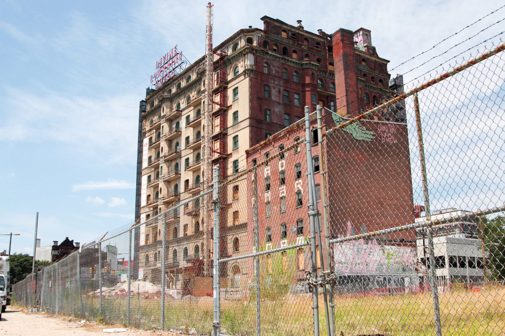 The Divine Lorraine Hotel, a late Victorian high-rise located on Broad Street and Fairmount Avenue in North Philadelphia. (Dean Russell/Here & Now)