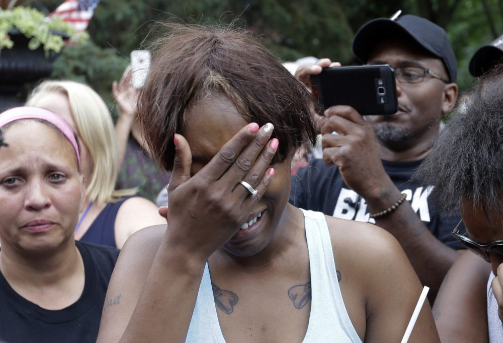 Diamond Reynolds, the girlfriend of Philando Castile, cries outside the governor's residence in St. Paul, Minn., on Thursday. (Jim Mone/AP)