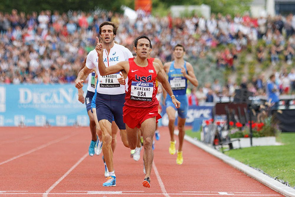 Leo Manzano crosses the finish line for the 800 meter competition at the 2014 DécaNation. (Pierre-Yves Beaudouin/Wikimedia Commons)