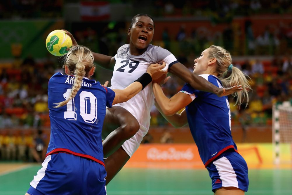 Russia (blue) topped France in the women's handball final. (Elsa/Getty Images)