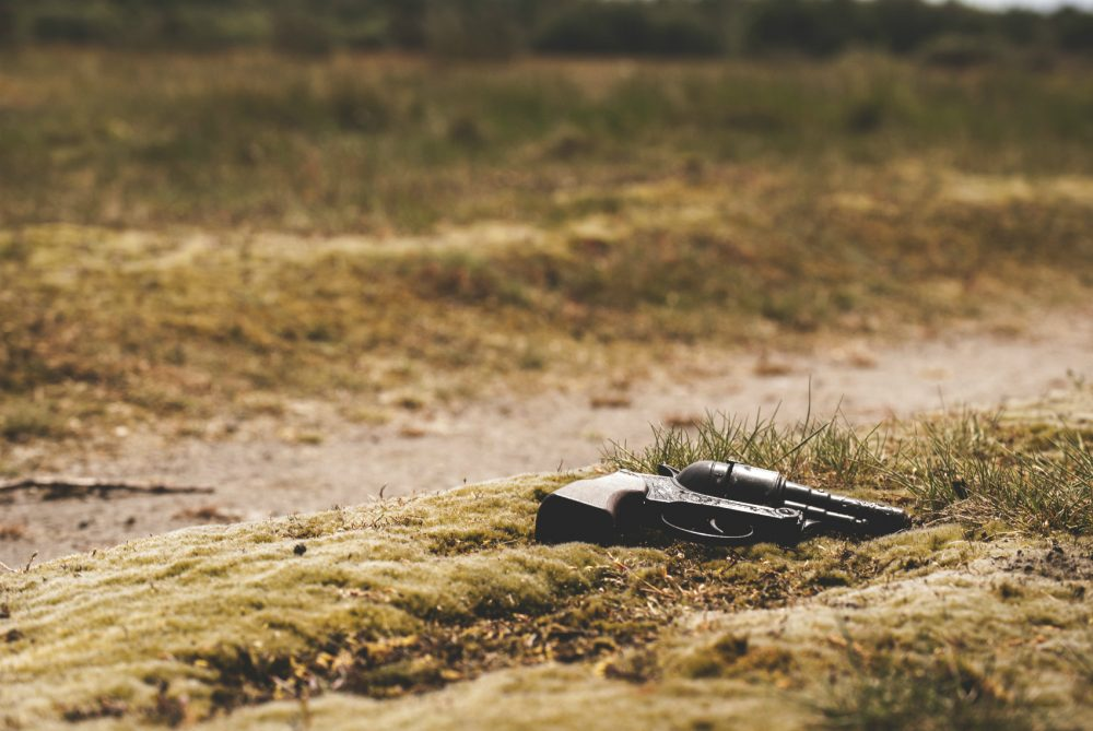 Diana Arezzo: Although gun use by mass shooters, criminals and terrorists grabs our attention, nearly all gun deaths occur in everyday situations, caused by people we know. (Jens Lelie/Unsplash)