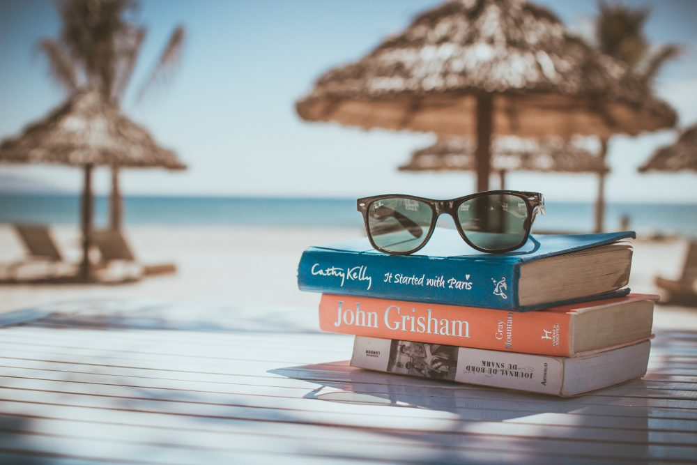 What books are you reading this summer? (Link Hoang/Unsplash)