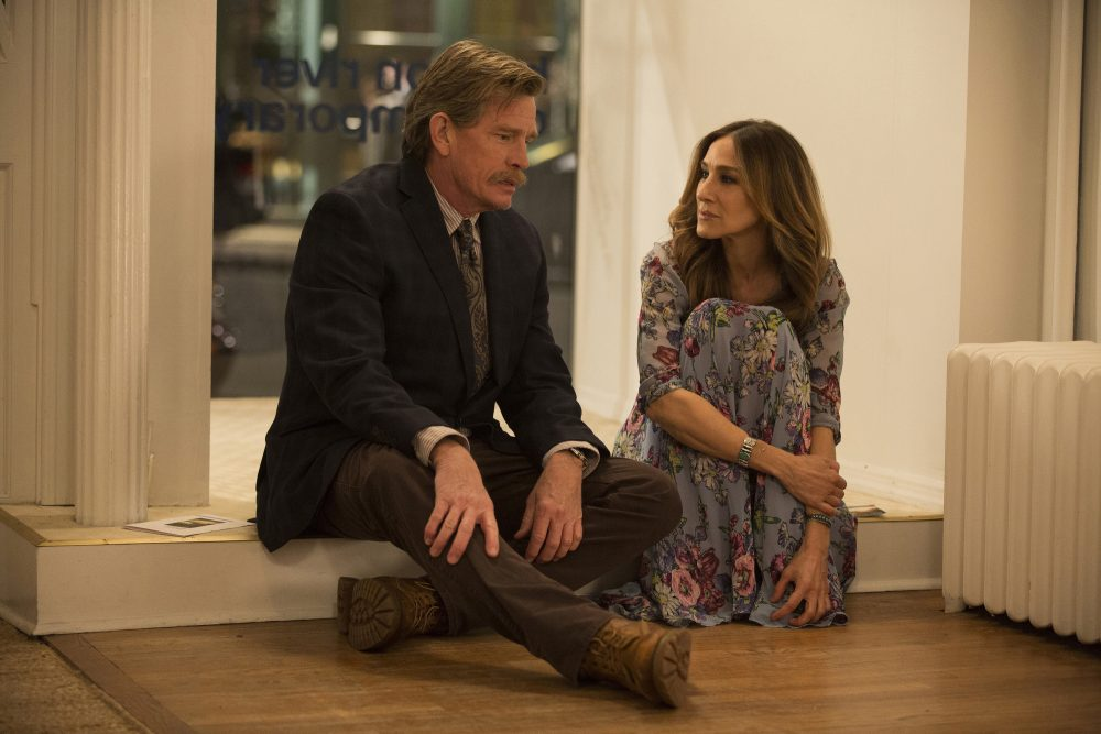 "Thomas Haden Church, left, and Sarah Jessica Parker in a scene from HBO's ""Divorce,"" premiering Sunday at 10 p.m. ET. (Craig Blankenhorn/HBO via AP)"