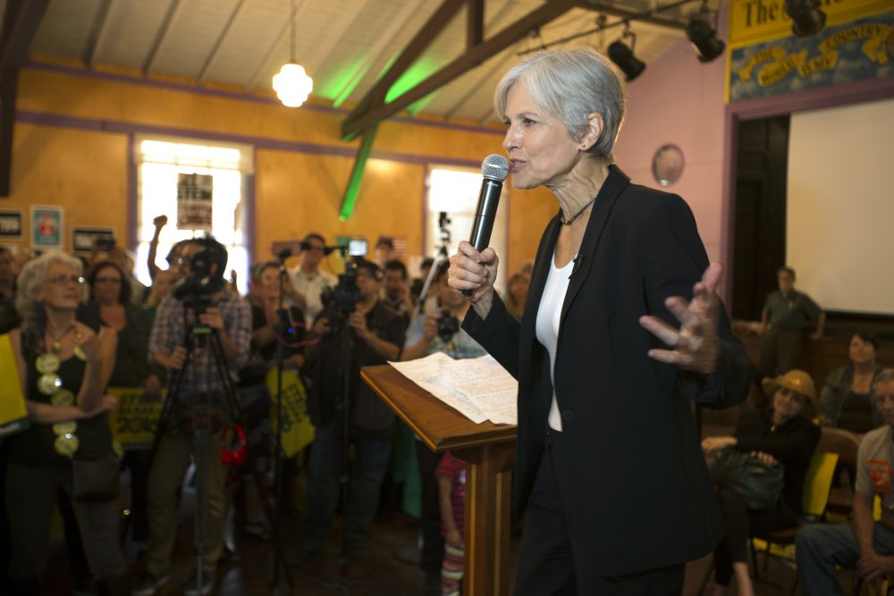 Green Party presidential candidate Jill Stein delivers a stump speech to her supporters during a campaign stop at Humanist Hall in Oakland, California, on Oct. 6. (D. Ross Cameron/AP)
