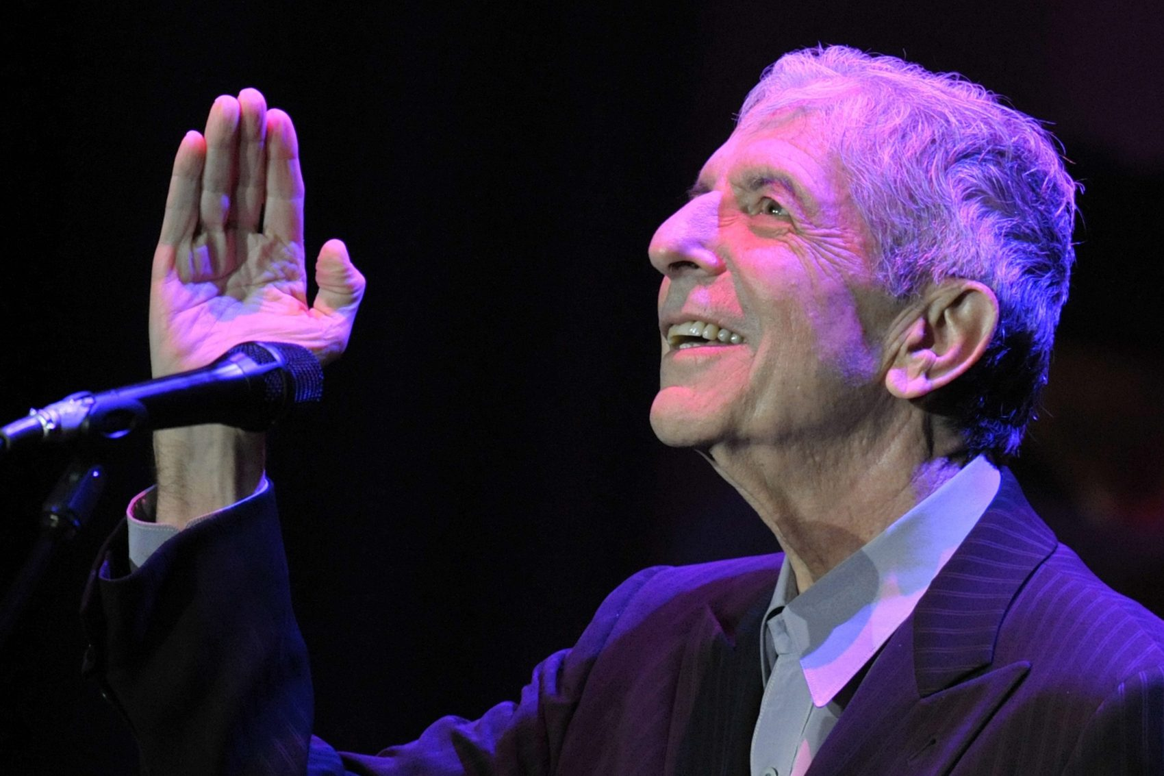 Leonard Cohen at the Montreux Jazz Festival in 2008.  (AP/Keystone/Laurent Gillieron)