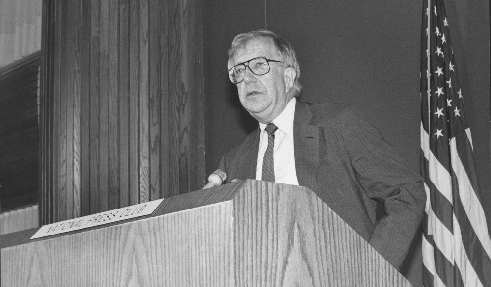 Al Shanker addresses the National Press Club in 1988. (American Federation of Teachers Papers, Walter P. Reuther Library, Wayne State University.)
