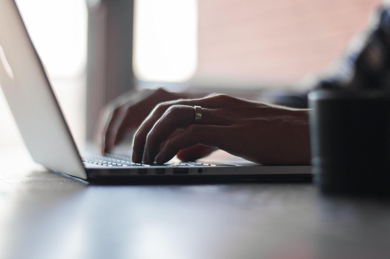 Mass. Professor's List Of False, Misleading News Sites Goes Viral