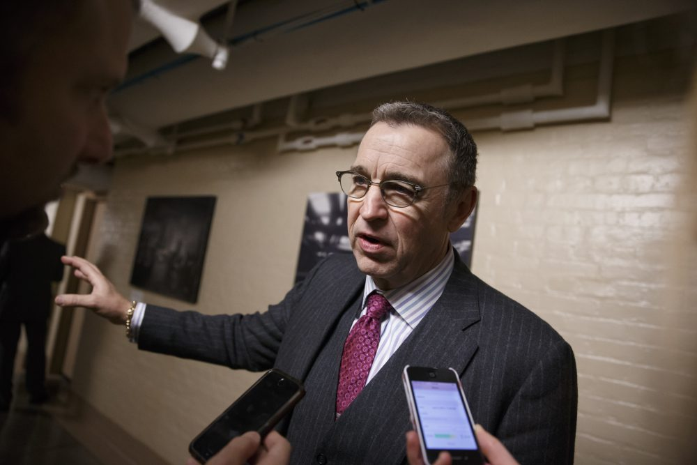 Rep. Matt Salmon, R-Ariz. talks to reporters on Capitol Hill in Washington in January 2015. (J. Scott Applewhite/AP)
