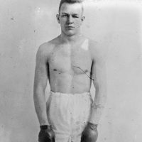 Billy Miske's last fight in the ring, on Nov. 7, 1923, earned him a $2,400 check -- enough money to bring his family the best Christmas they'd ever have. (Agence Rol - Bibliothèque nationale de France/Wikimedia)