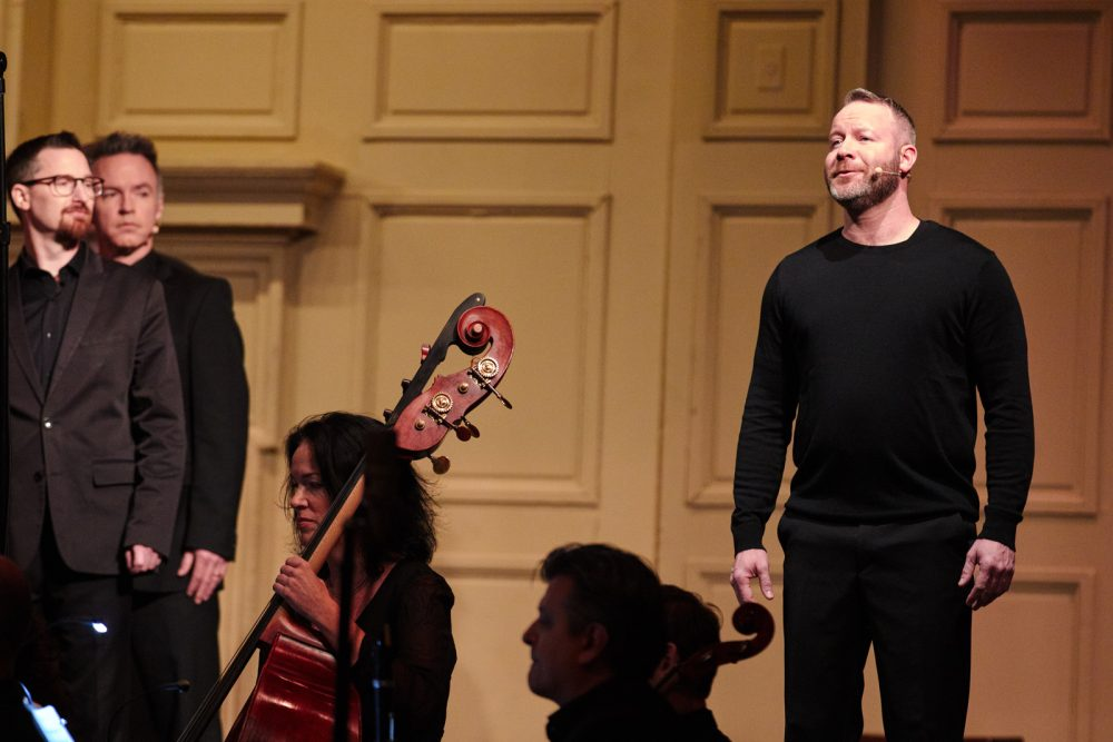 Matt Alber sings at Symphony Hall. (Courtesy David Green/Berklee College)