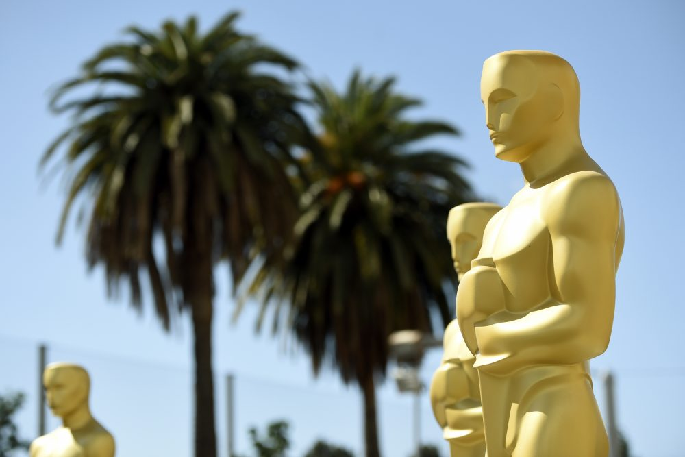 Oscar statues for the 89th Academy Awards red carpet await the ceremony on Sunday. (Chris Pizzello/Invision/AP)