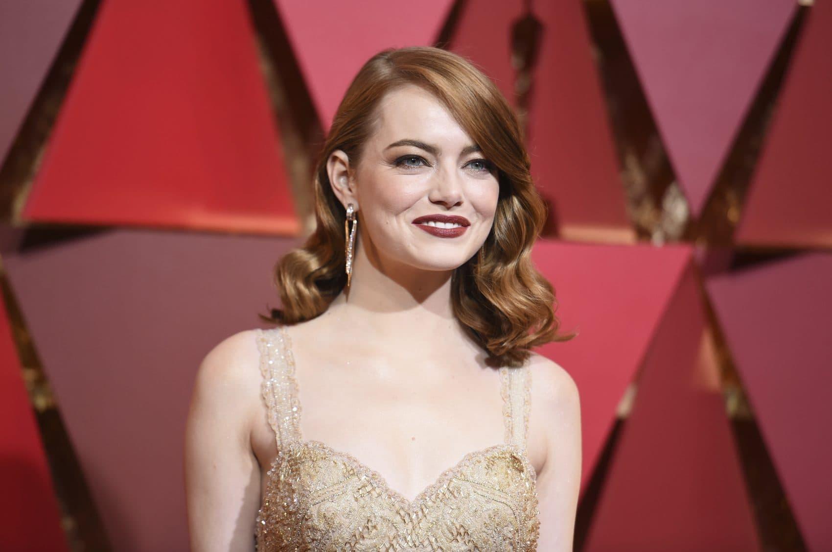 Emma Stone arrives the Oscars Sunday night. (Richard Shotwell/Invision/AP)