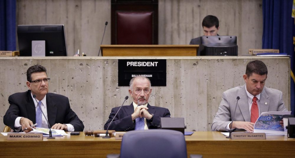 Councilor Bill Linehan, center, is seen in a 2015 file photo. (Stephan Savoia/AP)