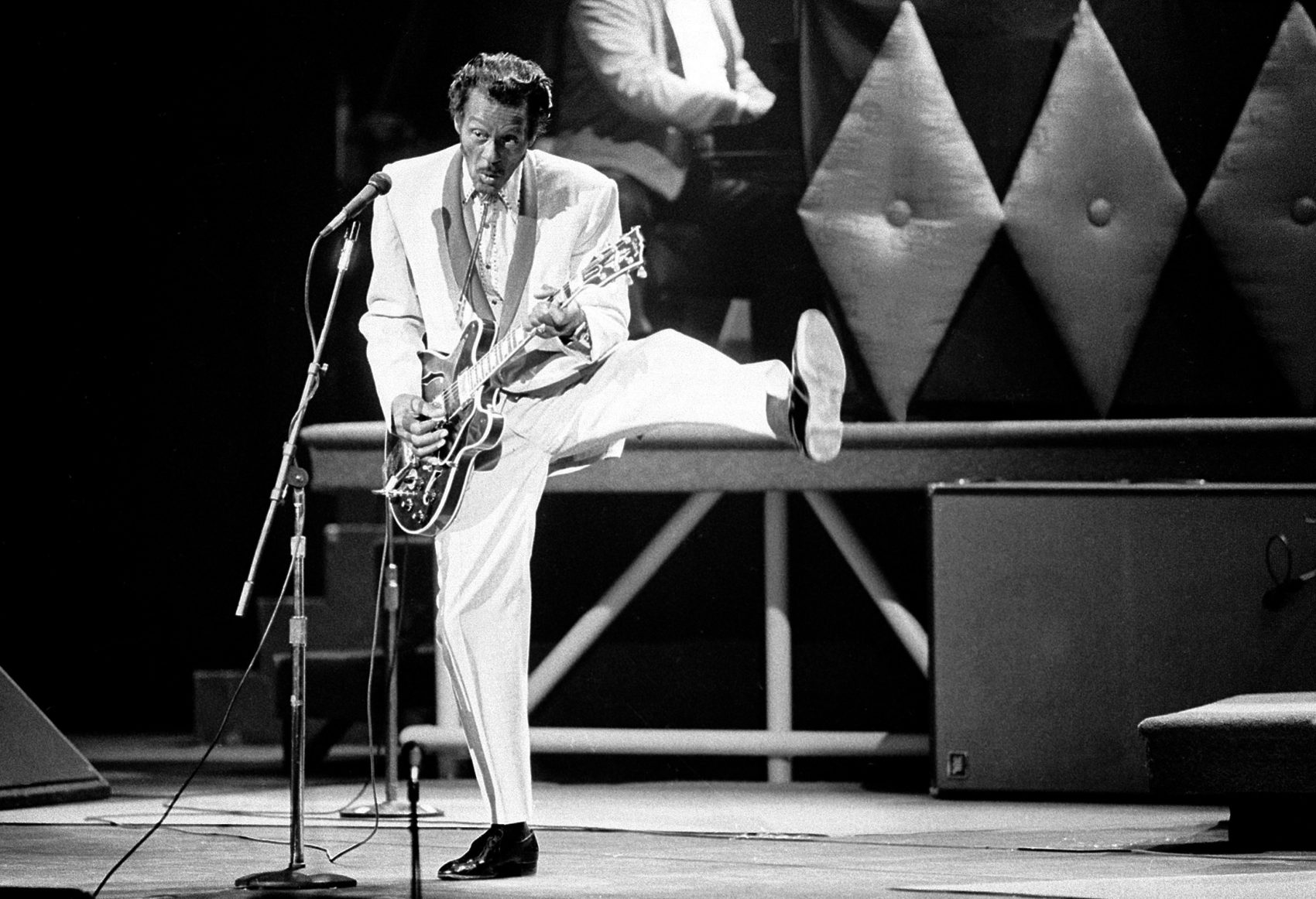 In this Oct. 17, 1986 file photo, Chuck Berry performs during a concert celebration for his 60th birthday at the Fox Theatre in St. Louis, Mo. On Saturday, March 18, 2017, police in Missouri said Berry died at the age of 90. (James A. Finley/AP)