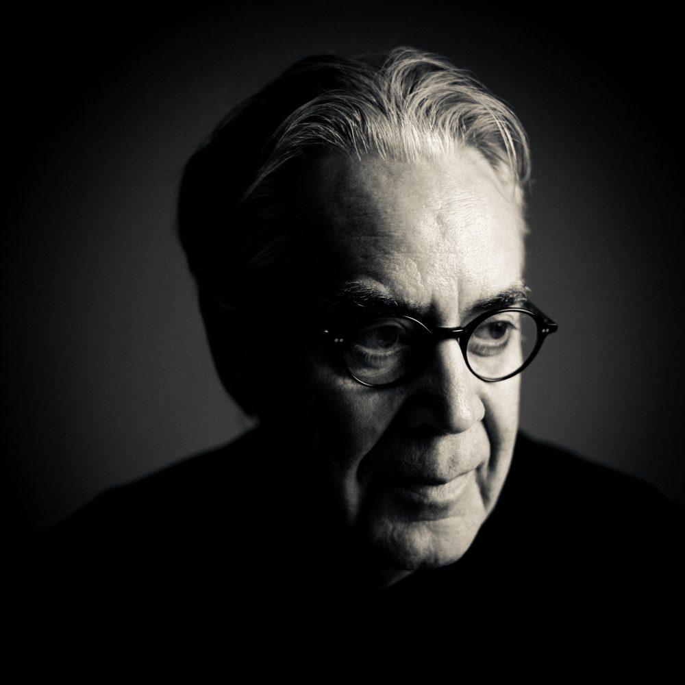 Howard Shore. (Photography by Benjamin Ealovega  (c) New Line Cinema 2012)