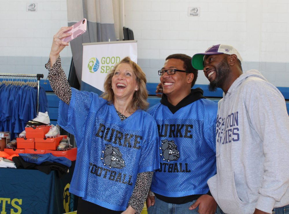 Lauren Baker (left), Gary Gibbs (middle) and Coach Byron Beaman (right) pose for a selfie. (Courtesy of Good Sports)