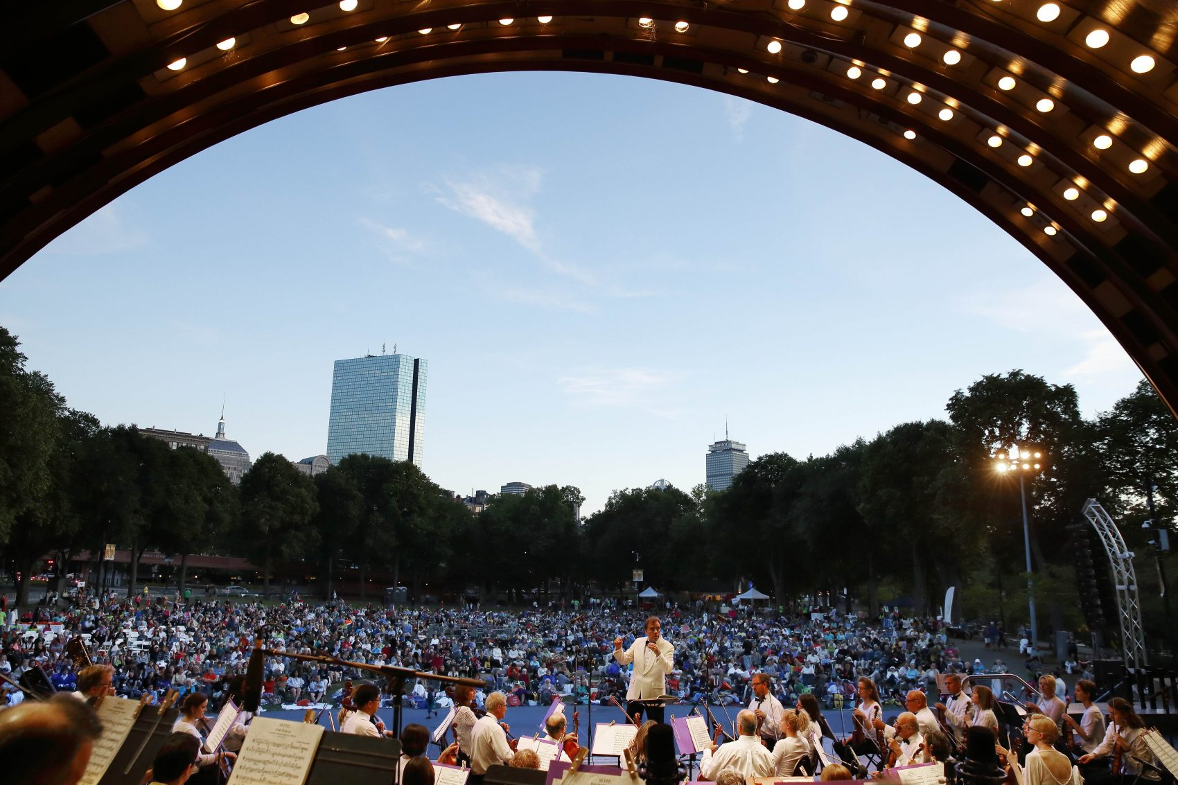 Free Concert At Hatch Shell July 30th >> 14 Summer Spots To Take In Classical Music The Artery
