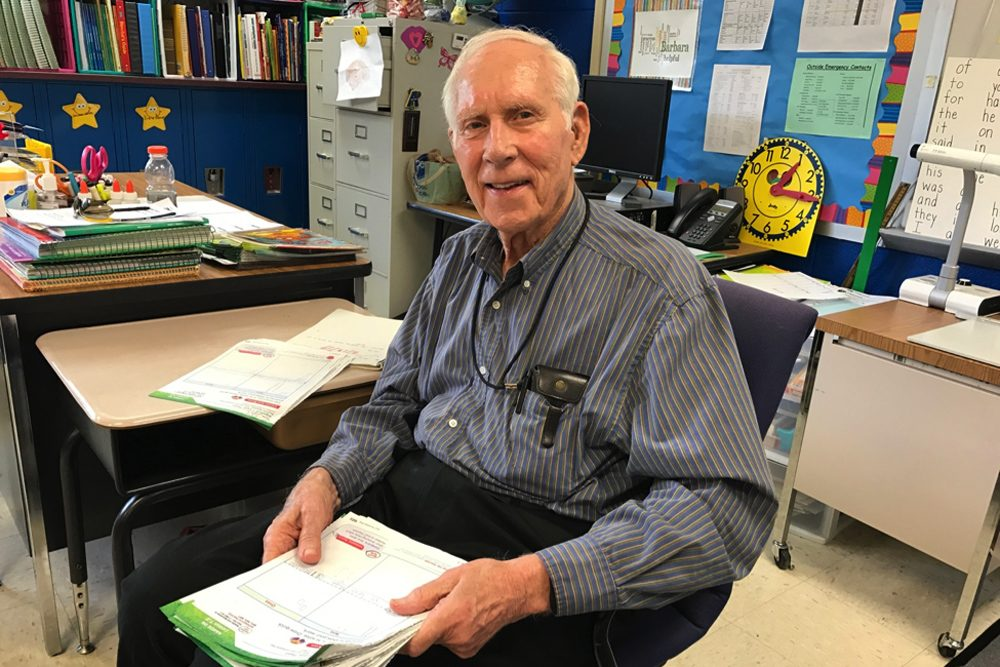 """The children know him as """"Mr. Frank,"""" and, at 91, he can still command a classroom full of children. (Amy Eskind/WPLN)"""