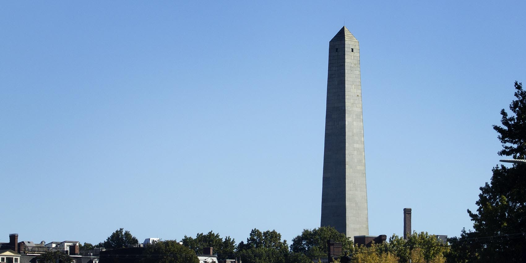 A view of Bunker Hill Monument in Charlestown (Robin Lubbock/WBUR)