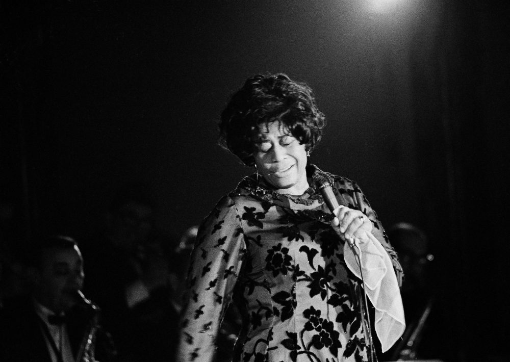 Famed jazz singer Ella Fitzgerald performs at the Empire Room at the Waldorf Astoria Hotel in New York, March 30, 1971.  (Ron Frehm/AP)