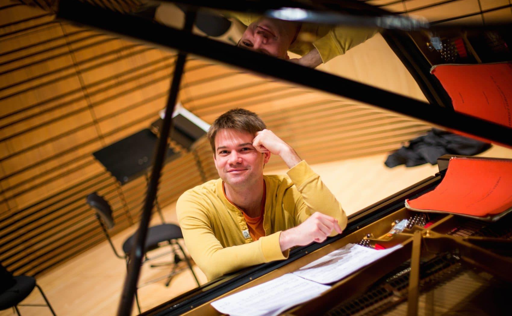 Ecce Ensemble artistic director John Aylward. (Courtesy Faremis Visuals)