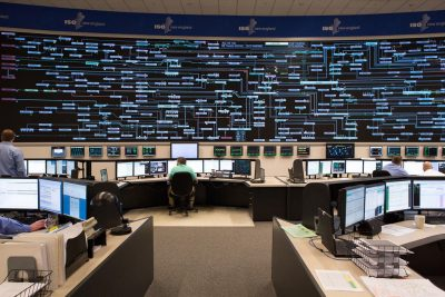 ISO New Engalnd's control room is shown. (Courtesy of ISO New England)