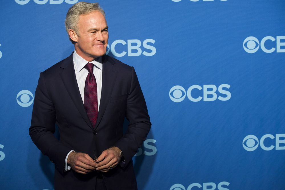 """CBS News' Scott Pelley, pictured here in 2013, will transition from anchoring the nightly newscast to reporting full time for """"60 Minutes,"""" according to the network. (Charles Sykes/Invision/AP)"""