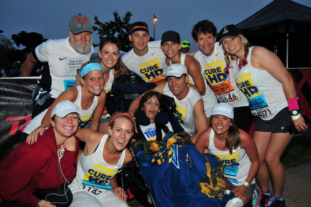 Ramona Johnston (center) with Bill Johnston (white hat). For years, the former Chargers PR director has run marathons to raise money for Huntington's disease research. (Courtesy Bill Johnston)