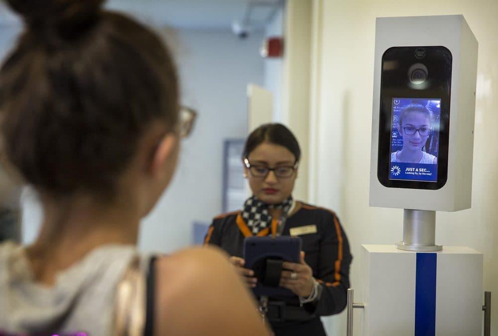 Resultado de imagem para facial recognition airport us
