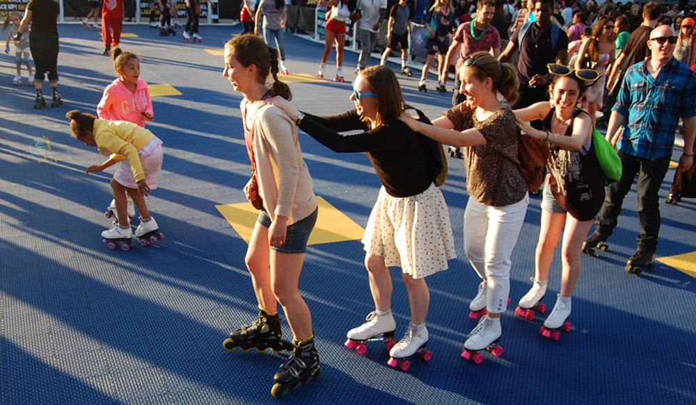 The scene at the Donna Summer Roller Disco Party in 2015. (Greg Cook/WBUR)