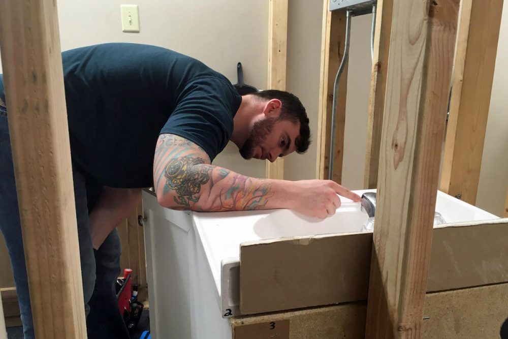 Markus Burns spent six years in the infantry and is training to become a plumber. (Blake Farmer/Nashville Public Radio)