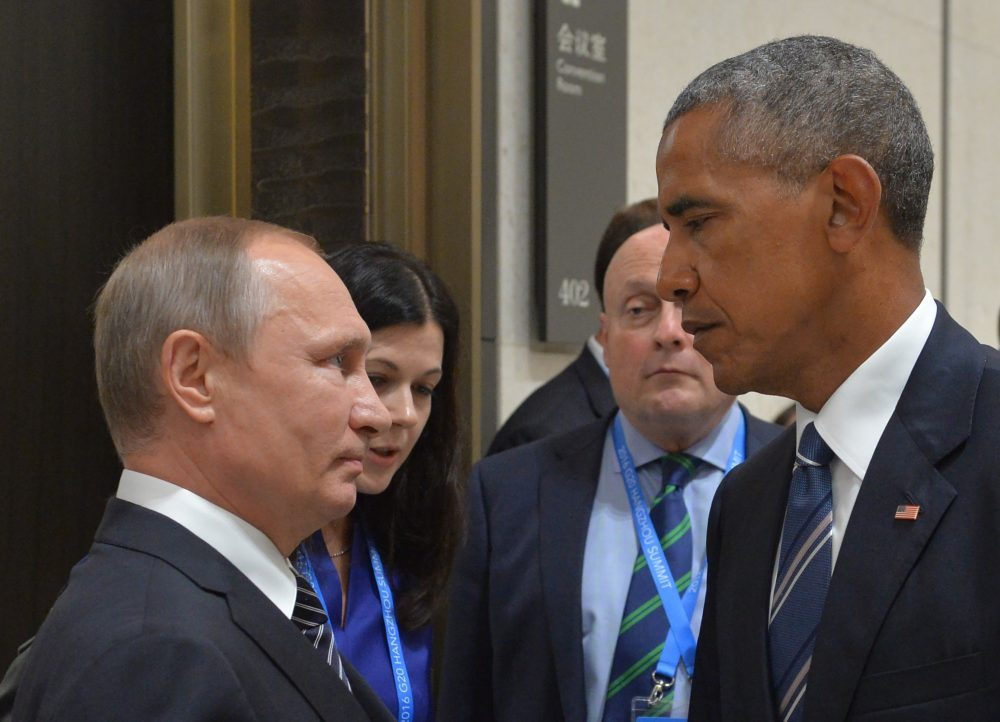 Russian President Vladimir Putin (left) meets with then President Obama on the sidelines of the G20 summit in Hangzhou on Sept. 5, 2016. (Alexei Druzhinin/AFP/Getty Images)