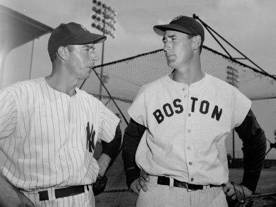 Joe DiMaggio (left) and Ted Williams talk during an exhibition game in St. Petersburg, Florida, on March 14, 1949. (AP)