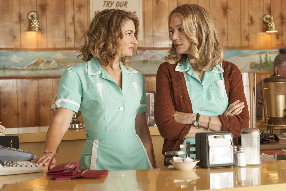 """Mädchen Amick and Peggy Lipton in the revival of """"Twin Peaks."""" (Courtesy Suzanne Tenner/Showtime)"""