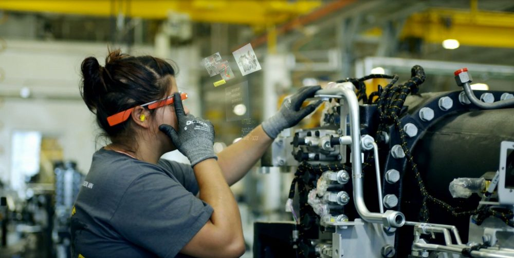 A factory worker in Jackson, Minn., uses Google Glass on the assembly line. (Courtesy AGCO)