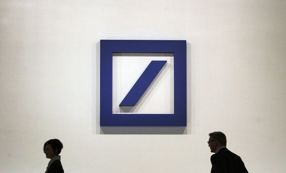 The logo of the German company Deutsche Bank in Frankfurt, Germany, on May 18, 2017. (Daniel Roland/AFP/Getty Images)