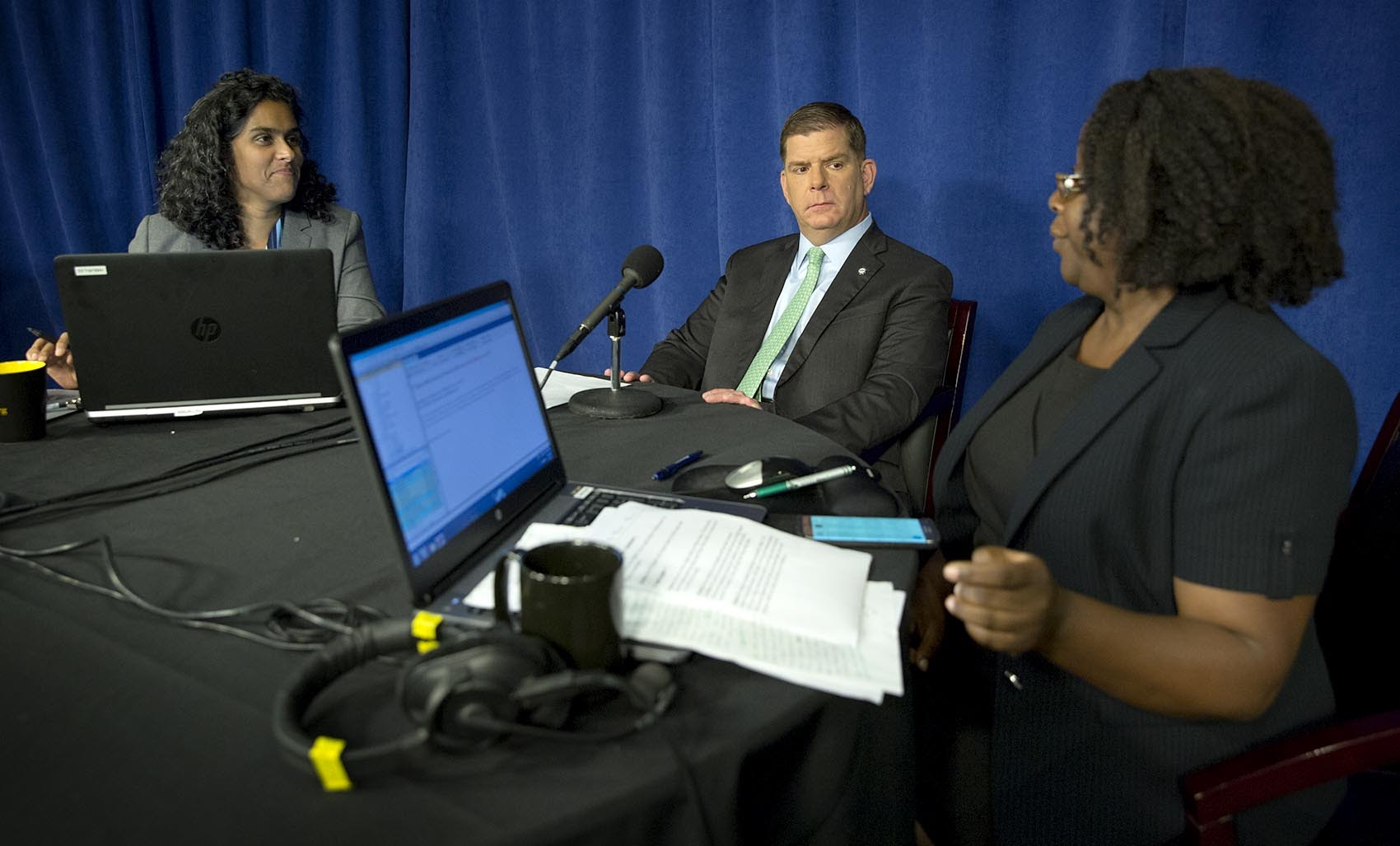Mayor Marty Walsh at a conversation about the Boston mayoral race. He took questions from Radio Boston's Meghna Chakrabarti, left, and Meghan Irons of the Boston Globe. (Robin Lubbock/WBUR)