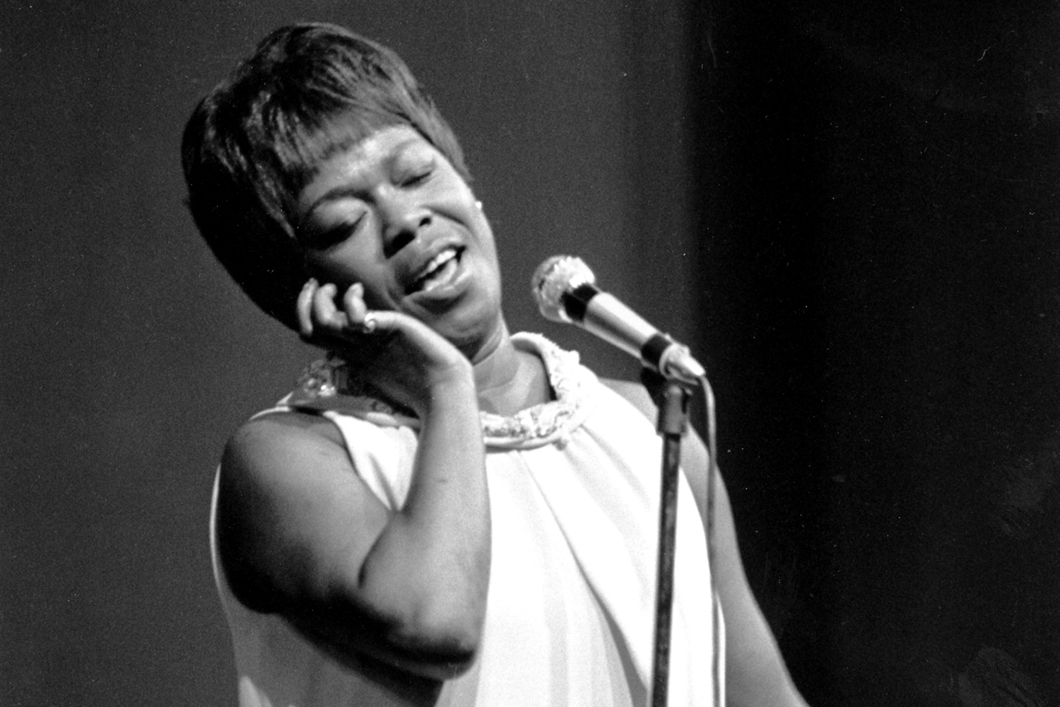 The Vast Voice Of Sarah Vaughan On Point