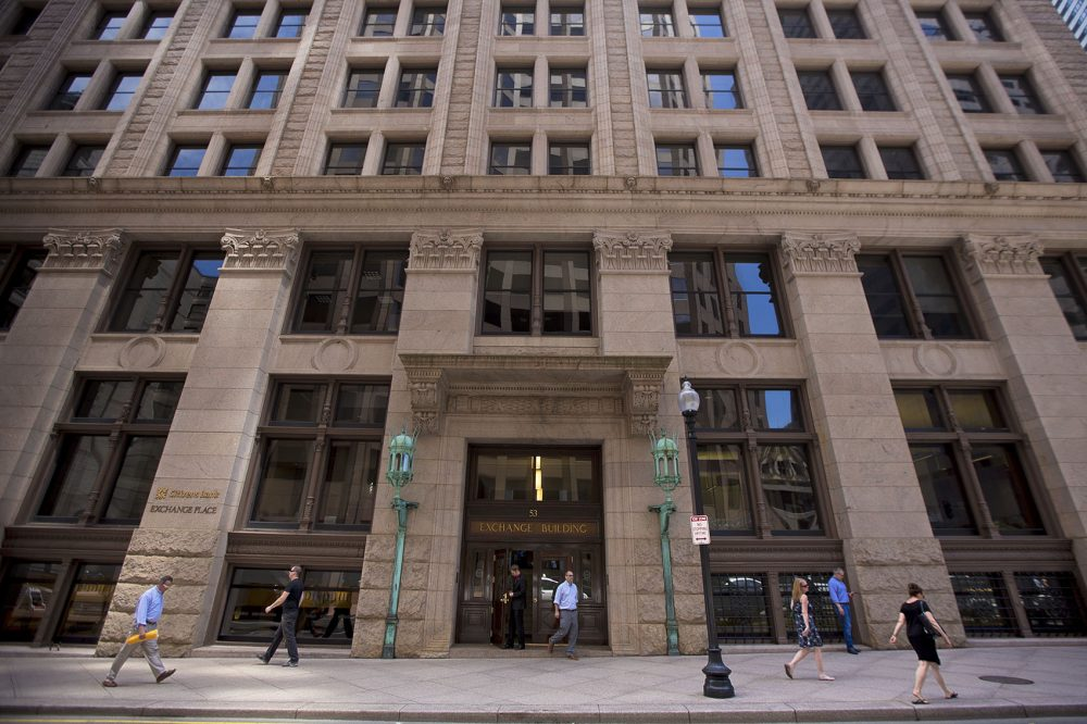 Earlier this year the Boston Globe moved its editorial and business operations to the second and third floors of Exchange Place at 53 State St. (Jesse Costa/WBUR)