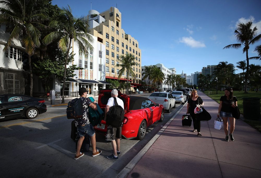 People pack up their car to evacuate as the city prepares for the approaching Hurricane Irma on Sept. 7, 2017, in Miami Beach, Fla. (Mark Wilson/Getty Images)